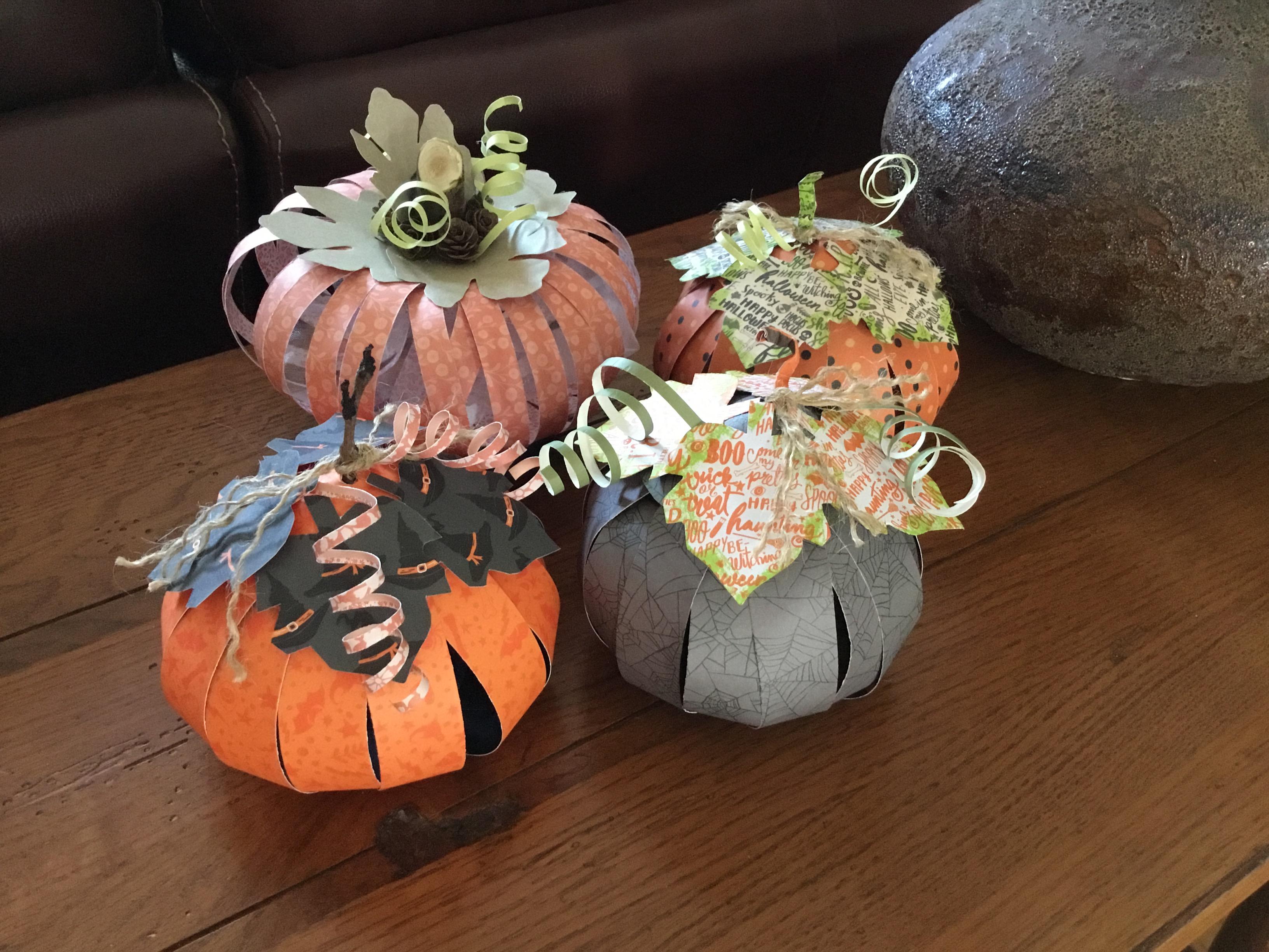 Festive Paper Pumpkins