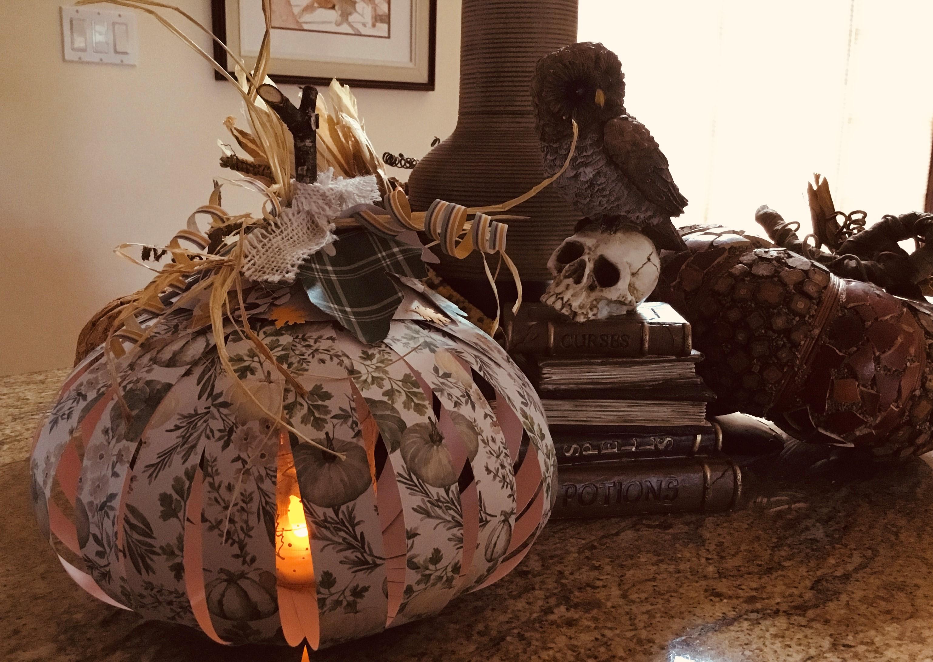 Stylish Paper Pumpkin